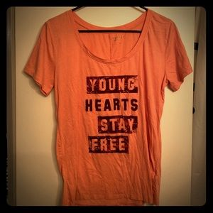 Young hearts stay free graphic tshirt